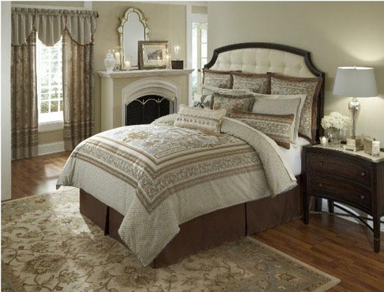Gilbert counties heirloom bedding